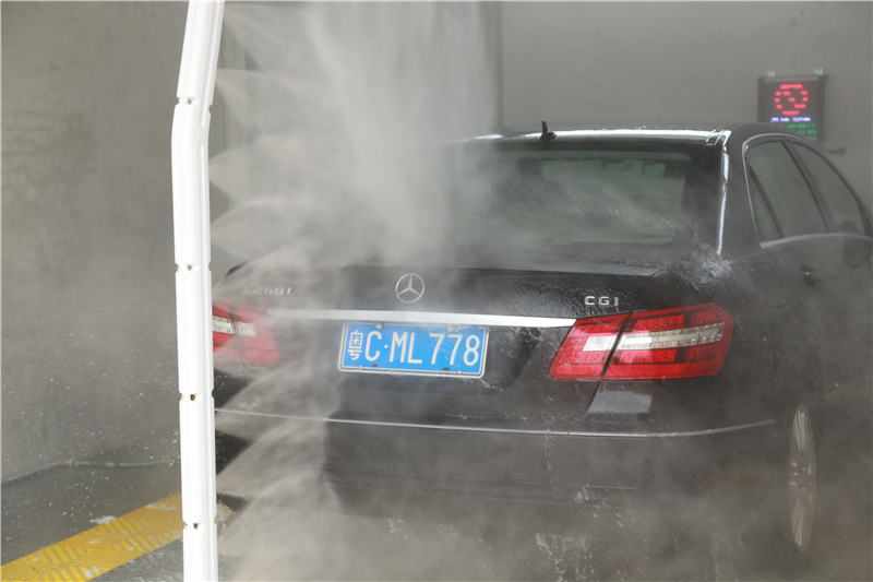 Save Time And Money By Using Pressure Car Wash